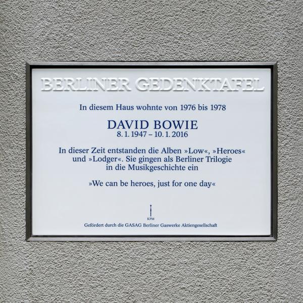 DAVID_BOWIE_600x600